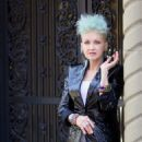 Cyndi Lauper – Filming Commercial in New York City - 454 x 964