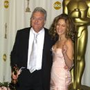 Randy Newman and Jennifer Lopez - The 74th Annual Academy Awards - Pressroom (2002)