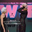 Naomi Watts & Nicole Kidman : Women In Film 2015 Crystal & Lucy Awards (June 16, 2015) - 454 x 344