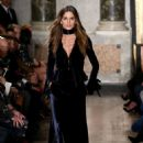 Izabel Goulart Emilio Pucci Fashion Show In Milan