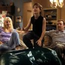 Helen Hunt, Haley Joel Osment and Kevin Spacey in Warner Brothers' Pay It Forward - 2000 - 400 x 262