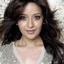 Actress Reema Sen latest photoshoots - 454 x 693