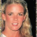 Nicole Brown Simpson - 450 x 739