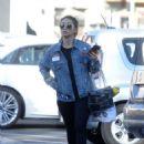 Brenda Song–Shopping at Trader Joe's in Los Angeles - 454 x 593