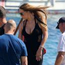 Mariah Carey- in Mykonos September 2016 - 454 x 628