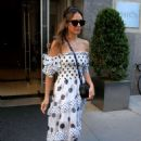 Jessica Alba – Leaves the Edition Hotel in New York City - 454 x 681