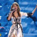 Taylor Swift Seventeen Mexico Magazine February 2015