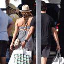 Eva Longoria shopping in Puerto Banus - 454 x 700