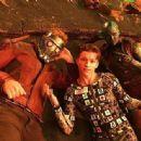 Avengers: Infinity War (2018) - 454 x 335