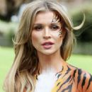 Joanna Krupa – Bodypaint while protesting outside Westminster in London - 454 x 669