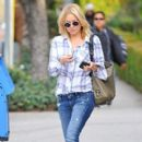 Kate Hudson Goes Out In Los Angeles