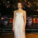 "Kate Beckinsale - ""The Aviator"" Premiere In London - December 19, 2004"