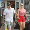 Jennifer Lopez & Casper Smart - 454 x 603