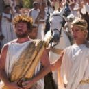 VAL KILMER as King Philip and COLIN FARREL as Alexander the Great in the action adventure drama Alexander, distributed by Warner Bros. Pictures.