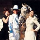 Sela with Marilu Henner & Tom Berenger in Rustler's Rhapsody - 450 x 416