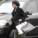 Selma Blair Returning Home After Some Rainy Day Shopping