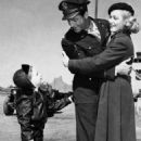 Robert Taylor and Eleanor Parker - 454 x 702