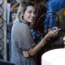 Paris Jackson out for lunch in Hollywood - 454 x 641