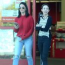 Olivia Munn Shopping at Staples in Los Angeles - 454 x 602