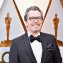 Gary Oldman attends the 90th Annual Academy Awards at Hollywood & Highland Center on March 4, 2018 in Hollywood, California - 454 x 337