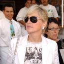 Sharon Stone - Los Angeles Candids, 17.09.2008.