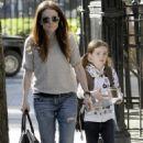 Julianne Moore - Taking Her Daughter To School In New York Cit, 2010-05-07