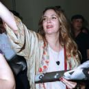 Drew Barrymore – 2017 Beautycon Festival NYC in New York City - 454 x 532