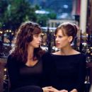 "GINA GERSHON as Sharon and HILARY SWANK as Holly Kennedy in Alcon Entertainment's romantic comedy ""P.S. I Love You,"" distributed by Warner Bros. Pictures. The film also stars Gerard Butler. Photo by Phil Caruso. TM & © 2007 Warner Bros."