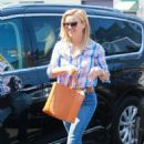 Reese Witherspoon – Out in Santa Monica