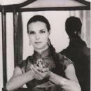 Mystère - Carole Bouquet - 454 x 599