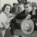 Gary Cooper and Sandra Shaw - 315 x 551