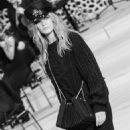 Hamburg: Chanel 'Chanel Métiers d'Art' Pre-Fall 2018 - 454 x 682