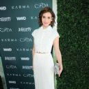 Alison Brie – CFDA Variety and WWD Runway to Red Carpet in LA