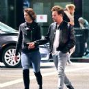 Mary Elizabeth Winstead and Ewan McGregor out in Hollywood - 454 x 556