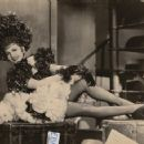 Claudette Colbert - 454 x 357