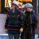 Goldie Hawn and Kurt Russell – On New Years Day in Aspen - 454 x 681
