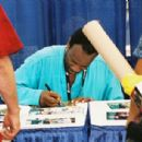 Fans line up at Comic Con International in San Diego, CA, for Grand's autograph