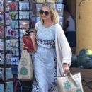 Cameron Diaz – Shopping at Whole Foods in Glendale - 454 x 681