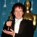 Geoffrey Rush At The 69th Annual Academy Awards (1997) - 454 x 604