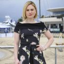 Anna Paquin attends the 'Roots' Photocall as part of MIPTV 2016 on April 4, in Cannes, France - 454 x 671