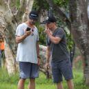 Elsa Pataky, Chris Hemsworth and Matt Damon at a local park in Byron Bay - 454 x 576