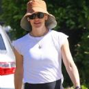 Jennifer Garner – Steps out for a solo walk in the Palisades