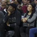 Meek Mill and Nicki Minaj watch the game between the Golden State Warriors and Philadelphia 76ers on January 30, 2016 at the Wells Fargo Center in Philadelphia, Pennsylvania - 454 x 353