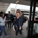 Goldie Hawn at LAX International Airport in Los Angeles - 454 x 681