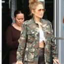 Jennifer Lopez – Leaves a gym with friends in Miami