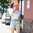 Bella Thorne in Denim Shorts out in Los Angeles - 454 x 724