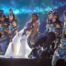 Priyanka Chopra Hot Performance at Filmfare 2014 Awards
