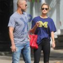 Derek Jeter and Hannah Davis - 454 x 688