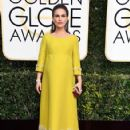 Natalie Portman : 74th Annual Golden Globe Awards - 423 x 600