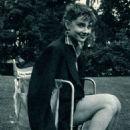 Audrey Hepburn - 454 x 707